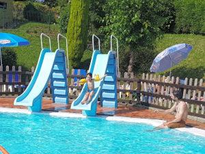 toboganes piscina infantil Camping Ribadesella